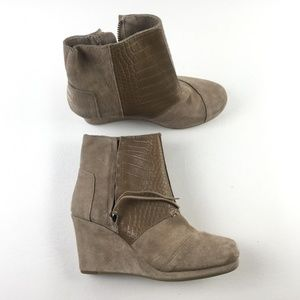 Toms Desert Taupe Wedges F9313821